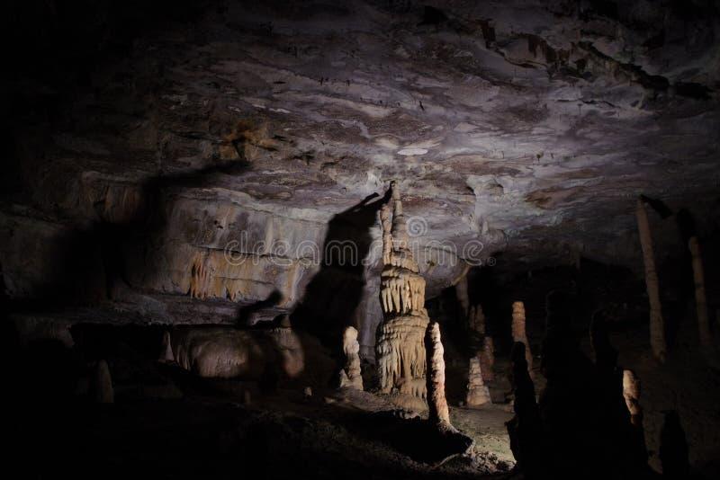 stalactite photos stock