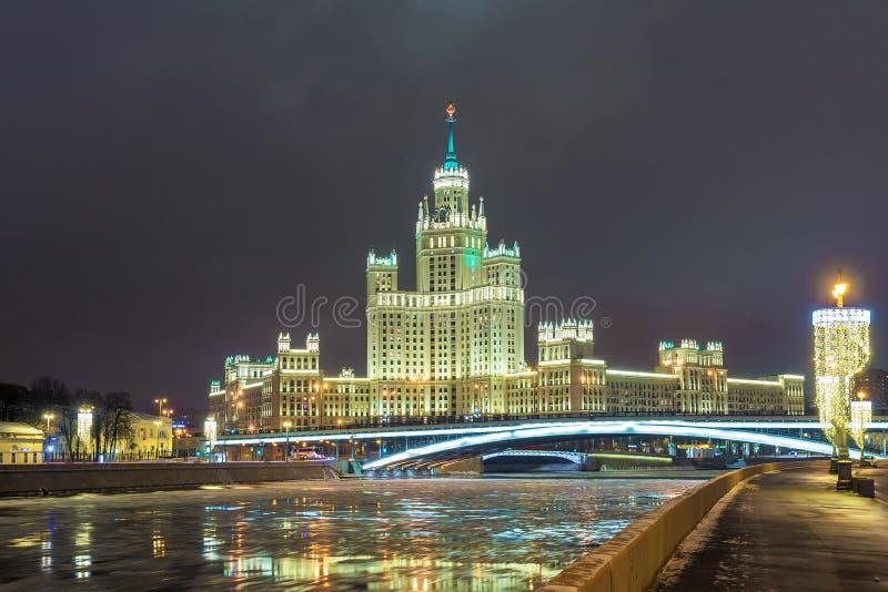 Stalin ` s drapacz chmur na Kotelnicheskaya bulwarze w Moskwa zdjęcie stock