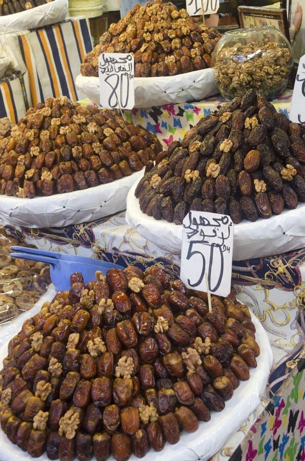 Stall med torkat - frukt Fes Marocko royaltyfri fotografi