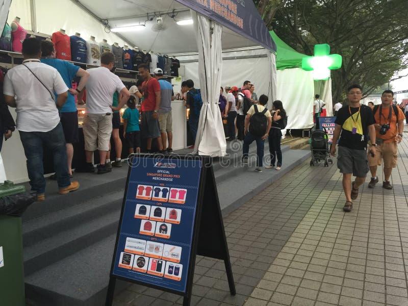 Stalls 2015 för varor för Singapore grand prixformel arkivfoto