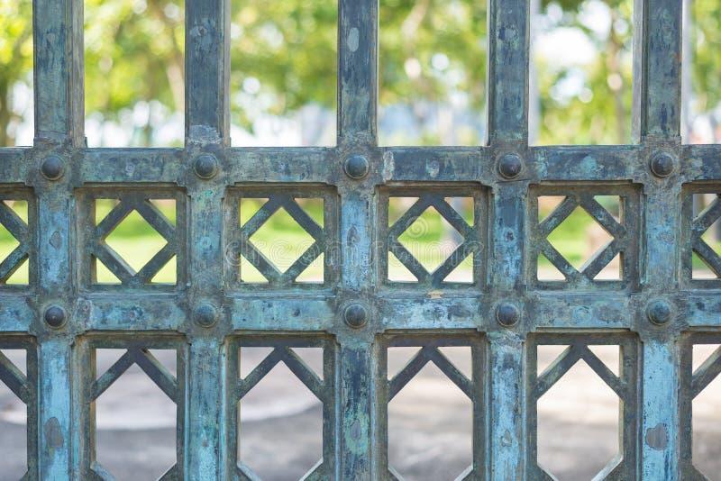 Stalowa drzwiowa tekstura, tła obraz stock