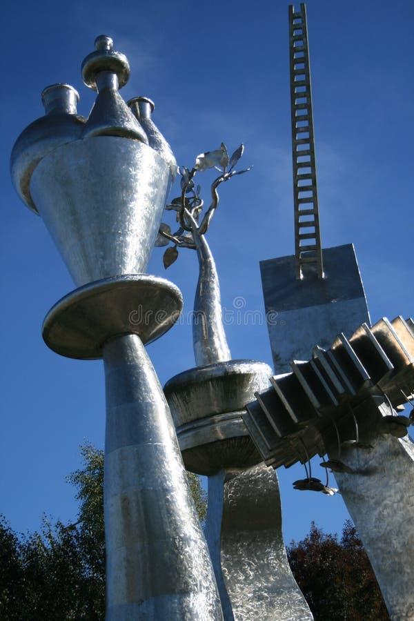 Stalowa rzeźba rozpoznaje garncarstwa zdjęcie royalty free