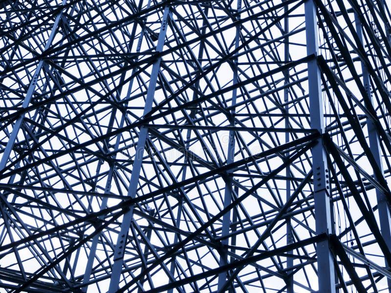 Stalowa struktury struktura na nowożytnej architekturze zdjęcia stock