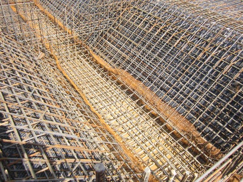 Stalowa wzmacnienie rama dla nat?pnego betonowego dolewania obraz stock