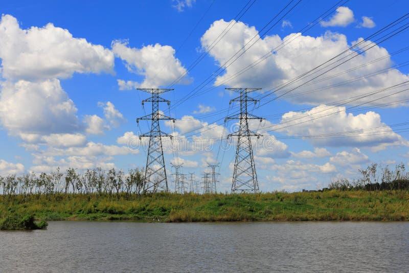 Stalowy elektryczność pilon zdjęcia royalty free