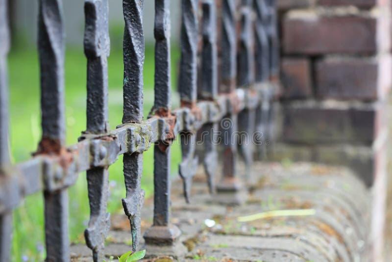 Stalowy palika ogrodzenie fotografia stock