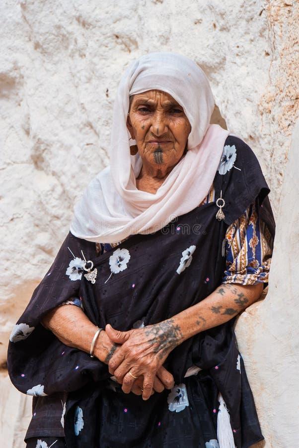 stam- kvinna arkivbilder