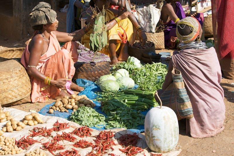 Download Stam- Kvinna För Bondamarknadsonokudelli Redaktionell Bild - Bild av turism, india: 19776361