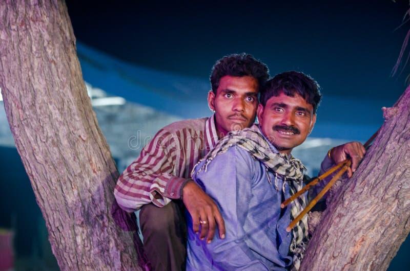 Stammenmensen bij Pushkar-Kameelmarkt, Rajasthan, India stock afbeelding