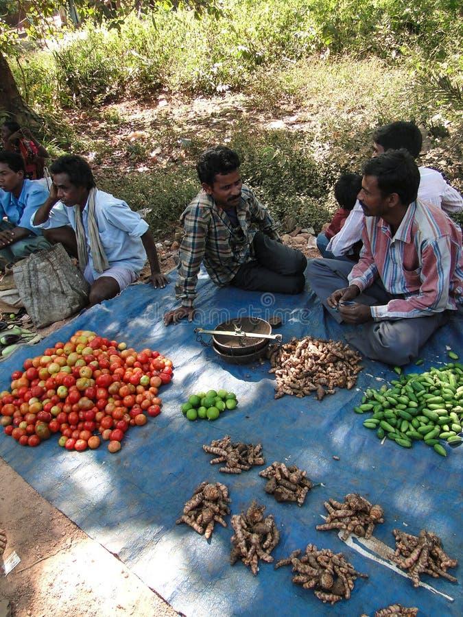Stammes- Dorfbewohnerhandel für Gemüse s stockfotos