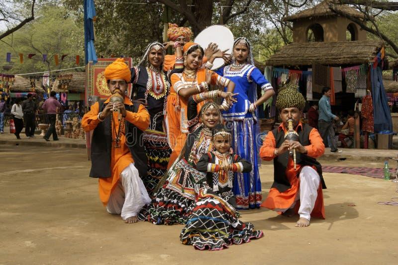 Stammes- Tanz-Gruppe stockfotografie