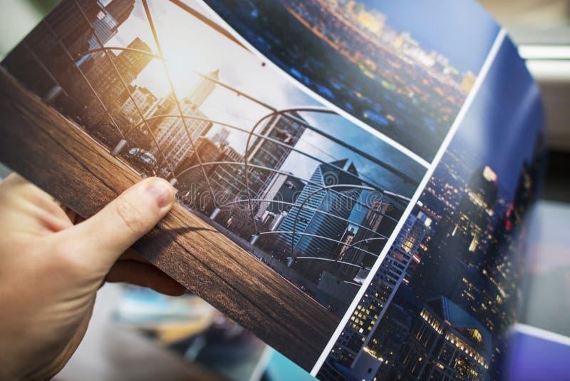 Stampa del libro della foto immagini stock