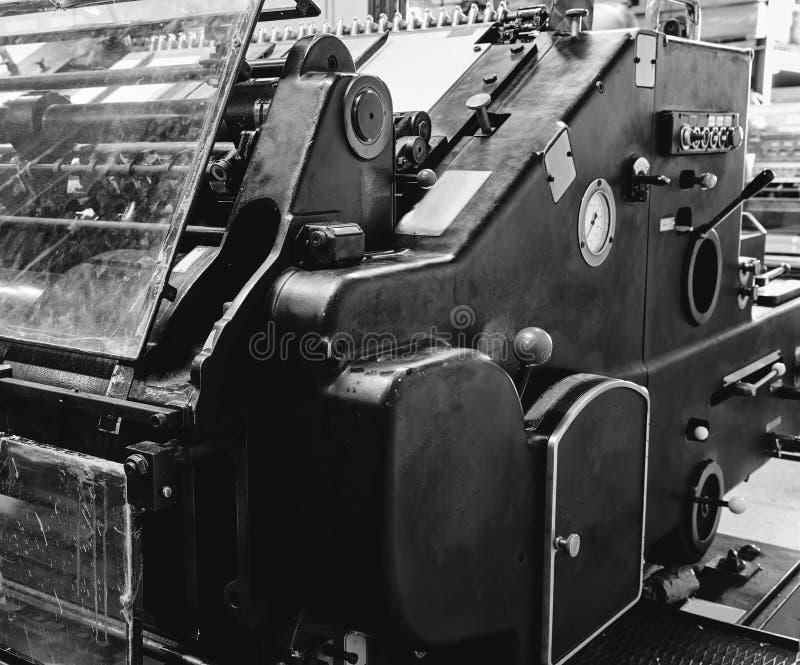 Stampa della macchina a cilindri di litografia della stampante fotografie stock libere da diritti