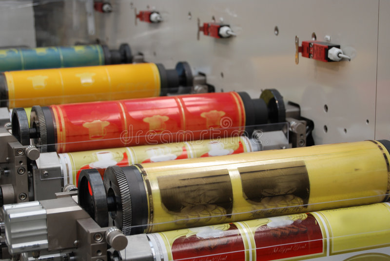 Stampa UV della pressa di flexo fotografie stock libere da diritti