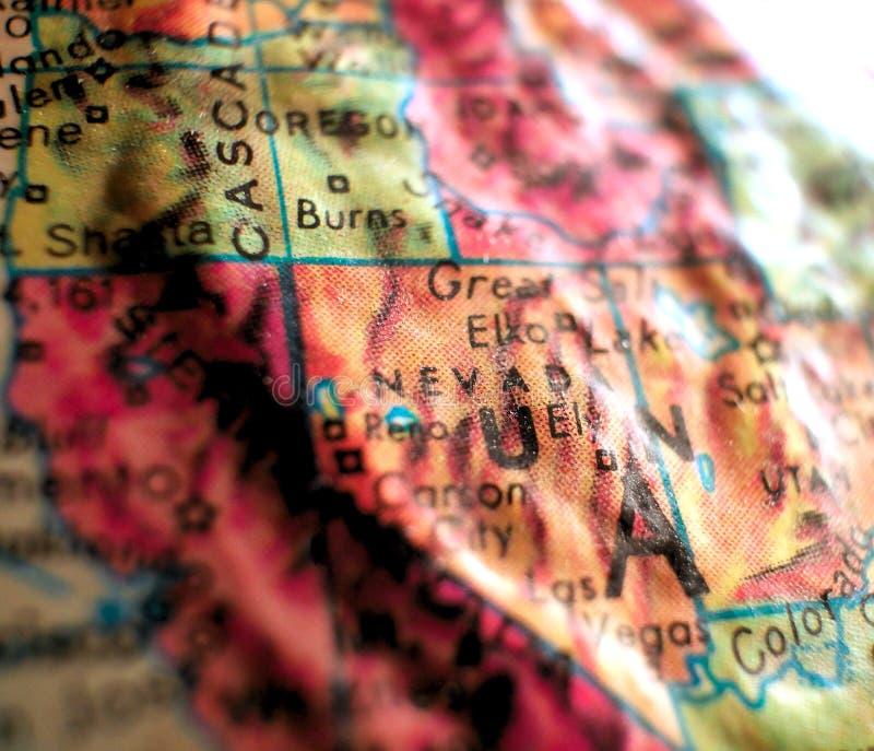 Stan Nevada, usa ostrości makro- strzał na kuli ziemskiej mapie dla podróż blogów, ogólnospołecznych środków, sieć sztandarów i t zdjęcie royalty free