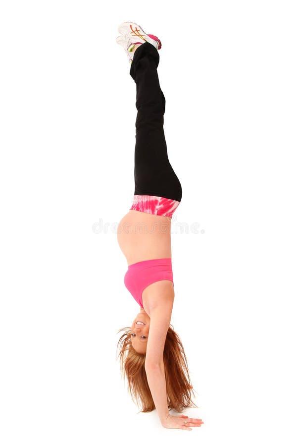 Stand de maternité de main upside-down photographie stock