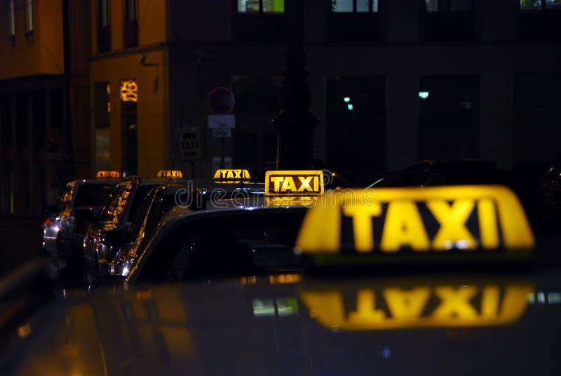 Stand de taxi image libre de droits