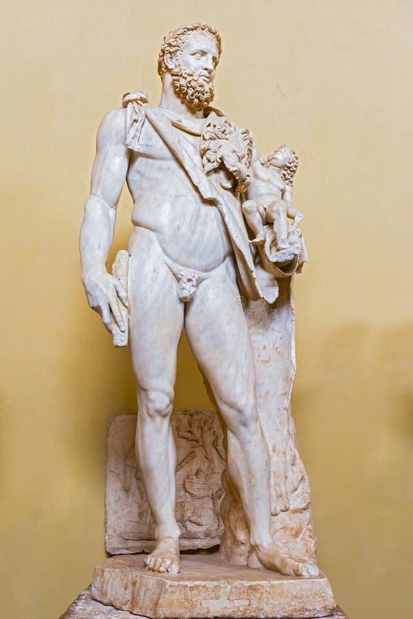 Standbeeld Hercules en Telephus in het museum van Vatikaan royalty-vrije stock foto's