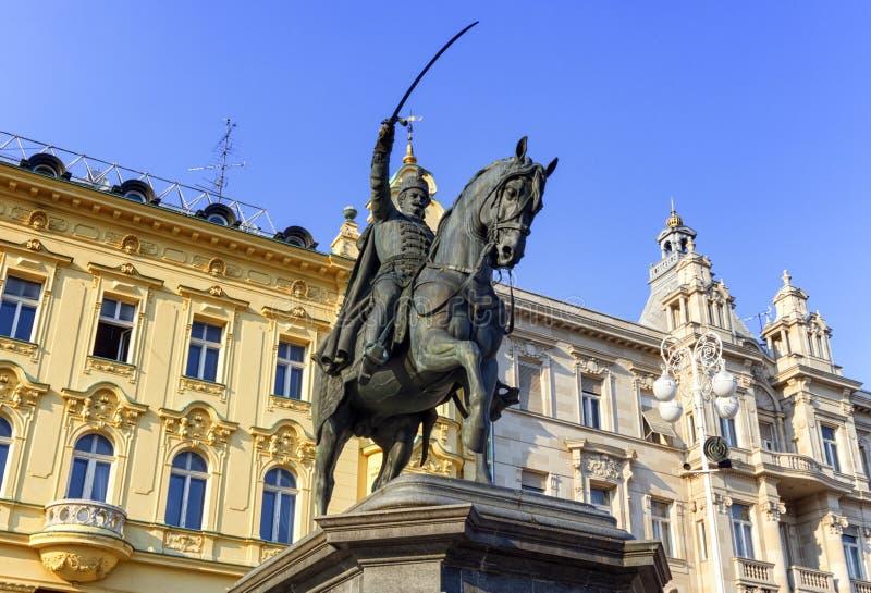 Standbeeld in het vierkant van Verbodsjelacic, Zagreb, Kroatië royalty-vrije stock afbeelding