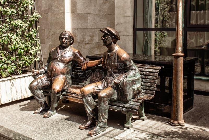 Standbeeld op de straat in de stad van Tbilisi georgi? stock fotografie