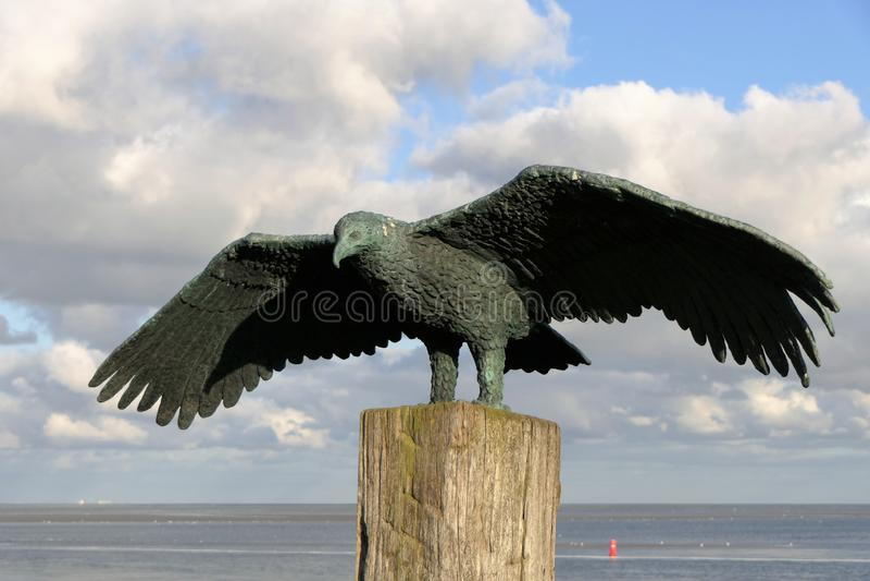 Standbeeld overzeese adelaar stock afbeelding