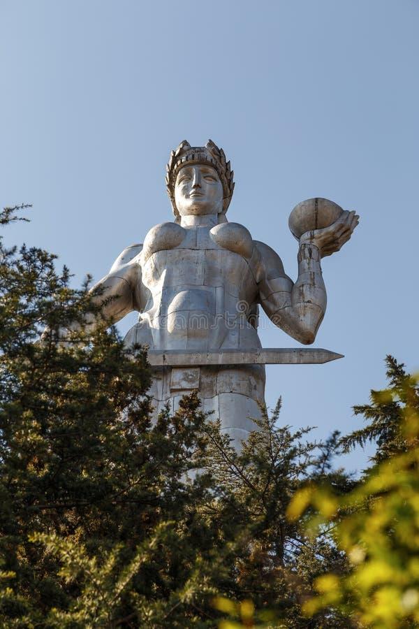 Standbeeld in Tbilisi Mothe Georgië stock foto