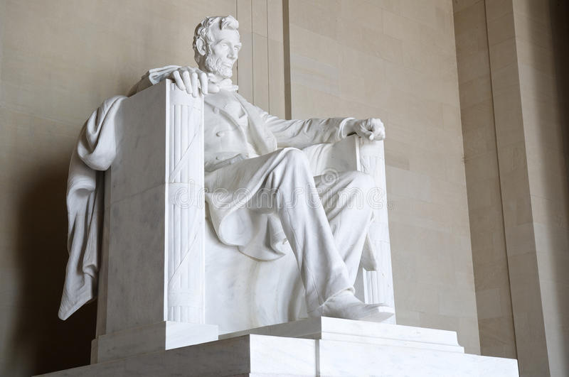 Standbeeld van Abraham Lincoln gezet in Lincoln Memorial, Washington DC royalty-vrije stock foto