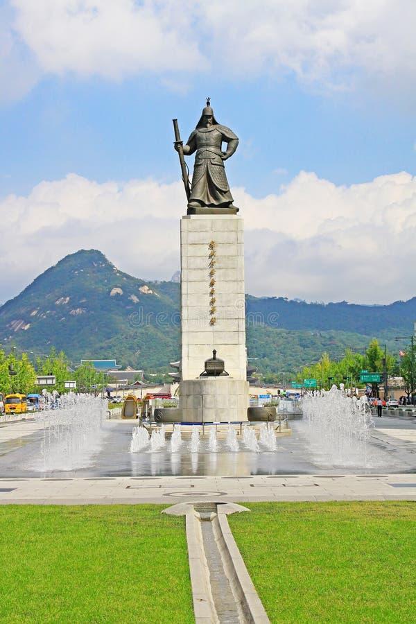 Standbeeld van Admiraal Yi Sun-Shin, Seoel, Korea stock foto's