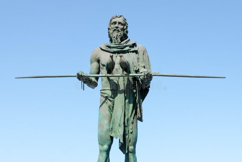 Standbeeld van Anaterve, een Guanche-leider of een mencey, een deel van de negen standbeelden van pre-Spaanse die koningen in Pla stock afbeeldingen