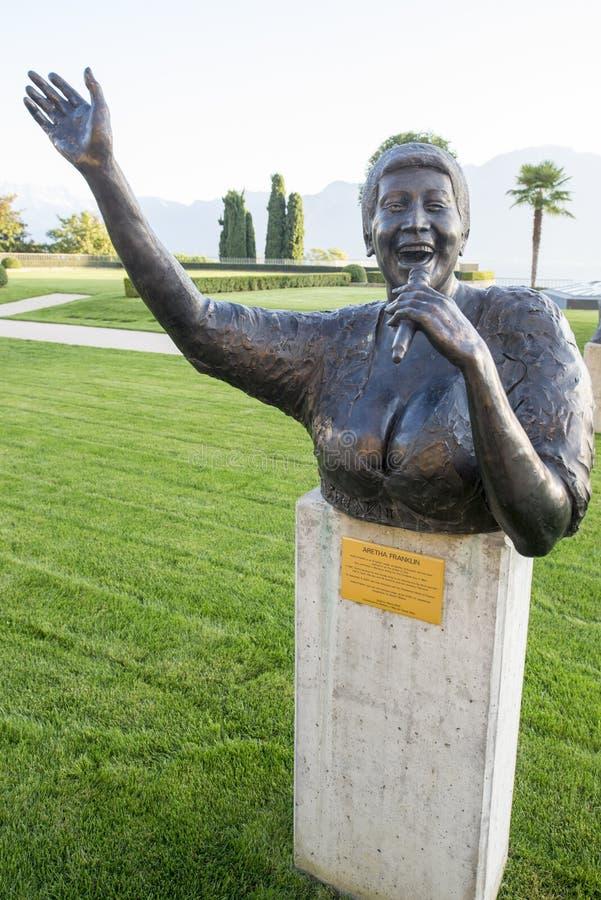 Standbeeld van Aretha Franklin in Montreux stock afbeeldingen