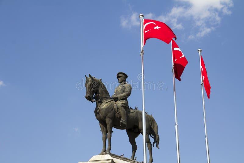 Standbeeld van Ataturk royalty-vrije stock fotografie