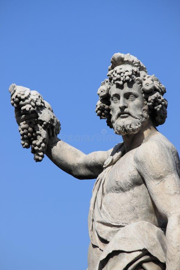 Standbeeld van Bacchus stock foto's