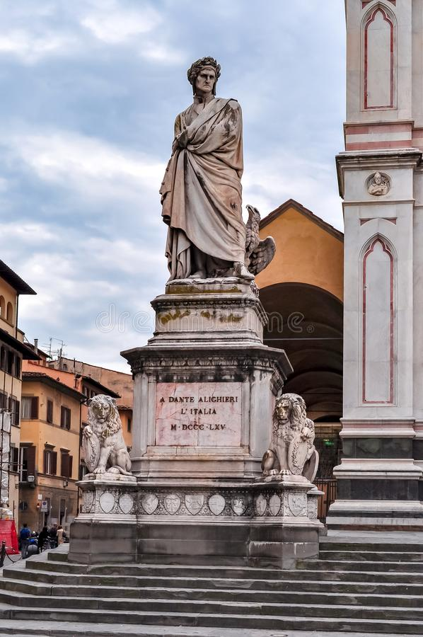 Standbeeld van Dante Alighieri in Florence, Italië royalty-vrije stock foto