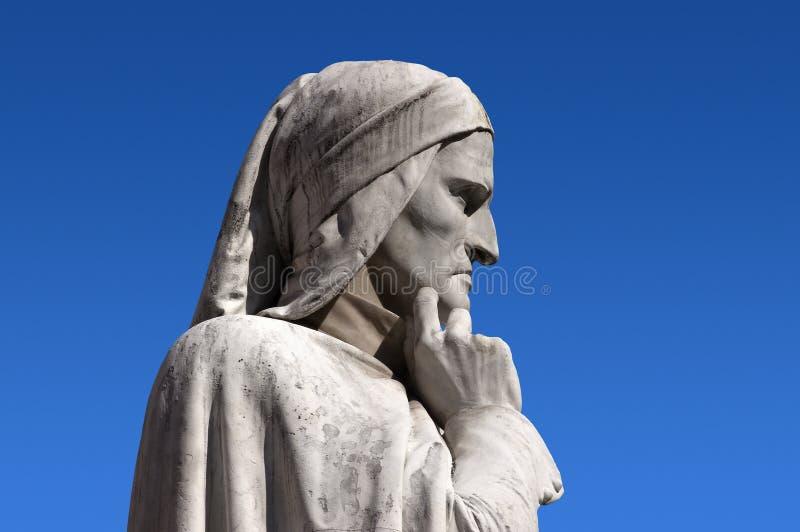 Standbeeld van Dante Verone (Verona) Italië stock afbeelding