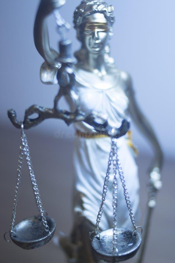 Standbeeld van de advocaten het wettelijke rechtvaardigheid royalty-vrije stock afbeeldingen