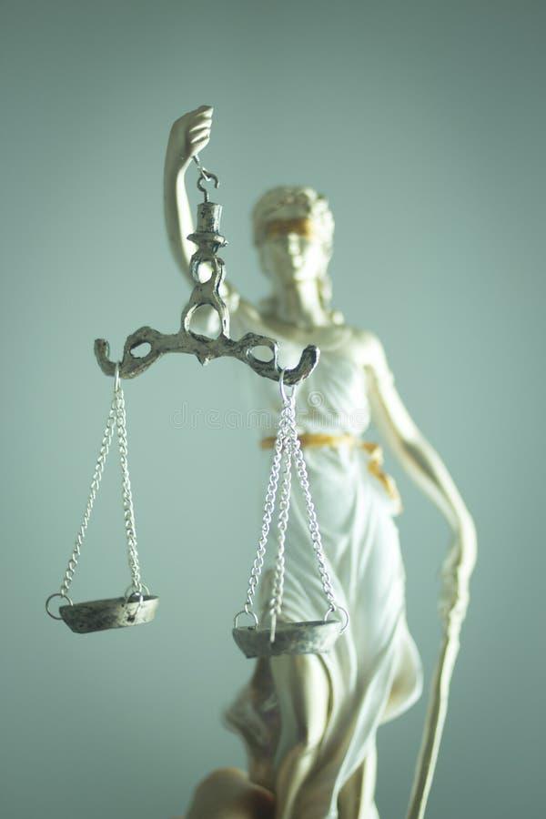 Standbeeld van de advocaten het wettelijke rechtvaardigheid stock afbeelding