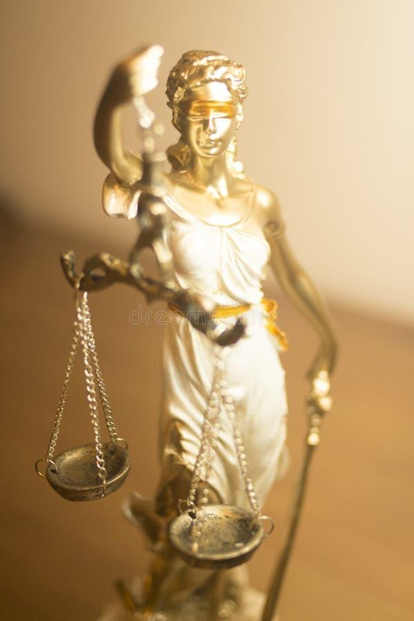 Standbeeld van de advocaten het wettelijke rechtvaardigheid royalty-vrije stock afbeelding