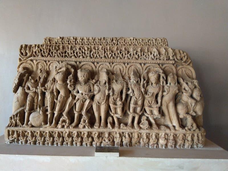 Standbeeld van de goden van India en sommige dieren royalty-vrije stock fotografie