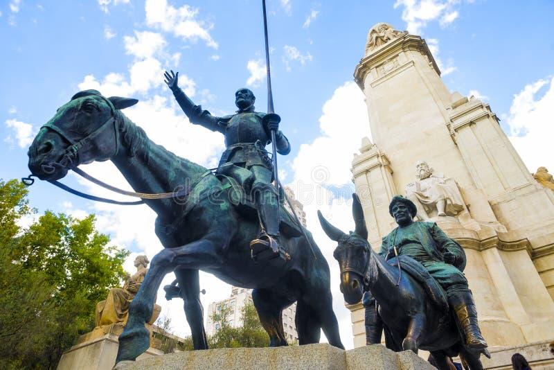 Standbeeld van Don Quixote en Sancho Panza in Madrid royalty-vrije stock afbeeldingen