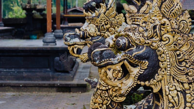 Standbeeld van draak in Pura Besakih Temple in het Eiland van Bali, Indonesië royalty-vrije stock afbeeldingen