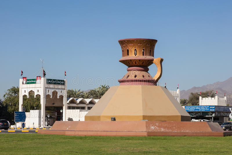 Standbeeld van een Arabische wierookbrander royalty-vrije stock afbeeldingen