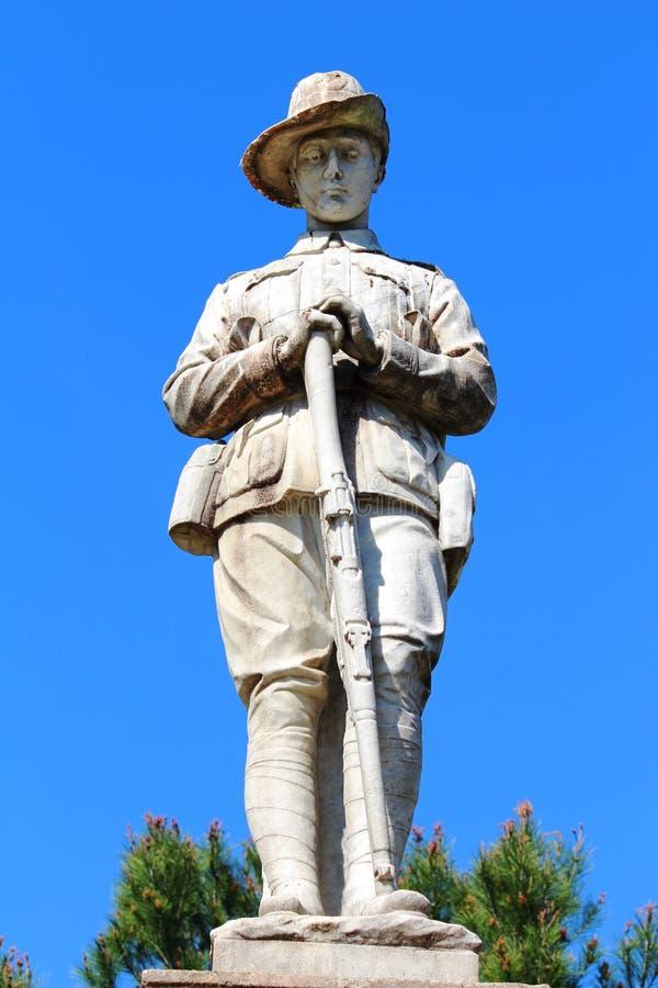 Standbeeld van een militair stock foto's