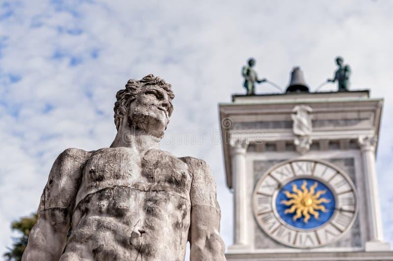 Standbeeld van eeuw 16 Standbeeld van Hercules royalty-vrije stock fotografie