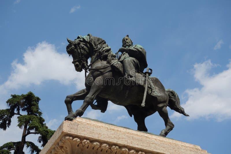 Standbeeld van Giuseppe Garibaldi in de stad van Verona stock foto's
