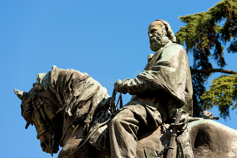 Standbeeld van Giuseppe Garibaldi - Verona Italy stock foto's