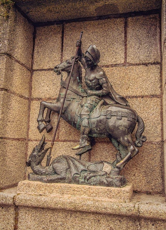 Standbeeld van Heilige George in Caceres royalty-vrije stock afbeeldingen