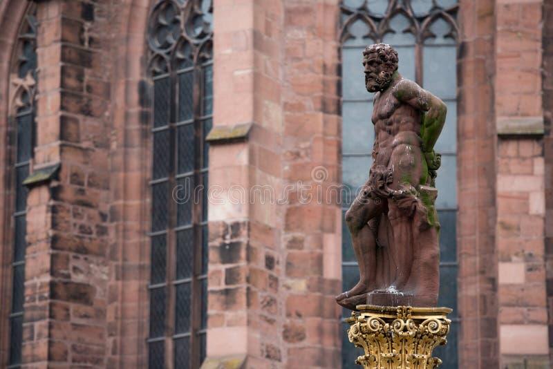 Standbeeld van Hercules stock fotografie