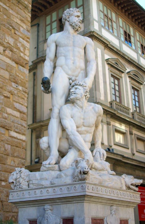 Standbeeld van Hercules en Cacusin Florence stock afbeelding