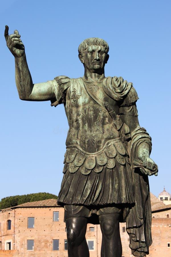 Standbeeld van keizer Trajan stock afbeelding