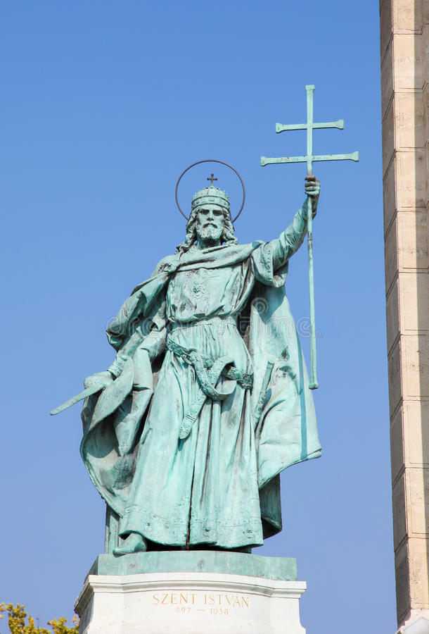 Standbeeld van Koning Stephen I in Boedapest, Hongarije royalty-vrije stock foto